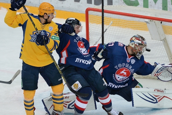Another Defeat for Torpedo Hockey Team