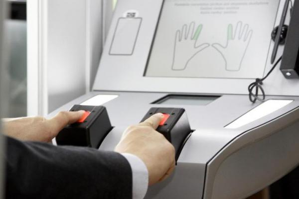 Russians may be obliged to Complete Biometric Registration