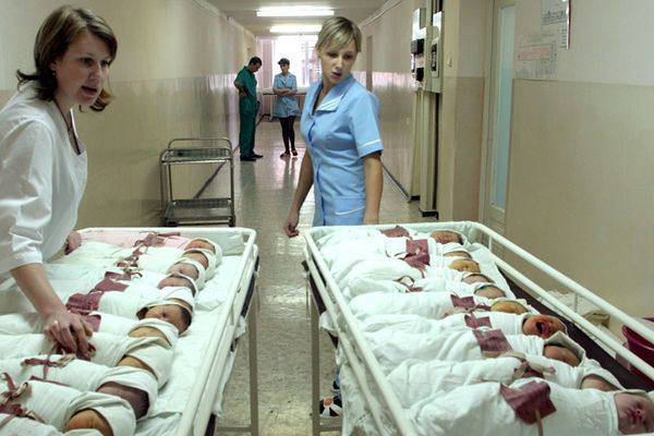 About 19 thousand babies were born during half-year of 2014 in Nizhny Novgorod region, Russia